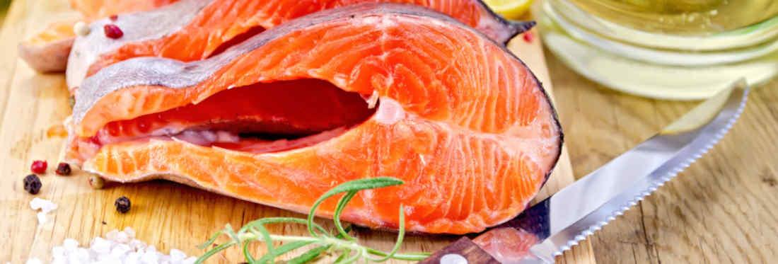 ¿cómo usar cuchillo deshuesador en el salmón?